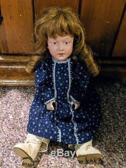 Hanté Poupée En Porcelaine Vintage Jeune Fille Douce
