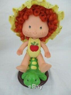 Htf 2003 Mint Danbury En Porcelaine D'apple Dumplin Doll