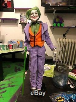 La Poupée En Porcelaine Joker. Homme Chauve-souris. Poupées. Ancien. Rare