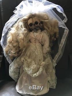 La Poupée Poupée Rembourrée Poupée Vintage Dolly Édition Spéciale Ooak Gothique