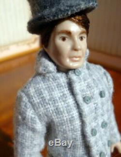 Lovely Vintage Erna Meyer Porcelaine 6 Man Dollhouse Doll