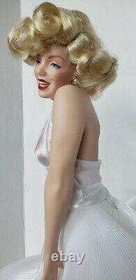 Marilyn Monroe Franklin Heirloom Seven Year Itch Porcelain Doll Vintage