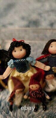 Miniature Snow White And The Seven Dwarfs Set Par Ann Anderson Dollhouse Dolls