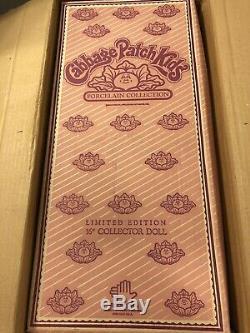 Patch Vintage Chou Poupée En Porcelaine