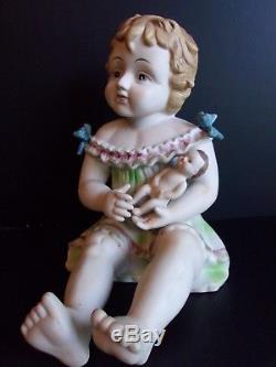 Piano De Bébé Fille En Porcelaine Avec Poupée