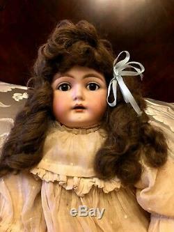 Porcelaine Antique Doll Allemagne 19 Ct