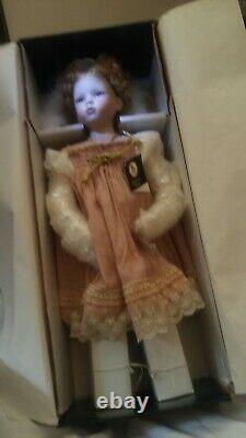 Porcelaine Poupée Geppeddo Emma 25 Avec Coa Nib Magnifique Exquis Cadeau