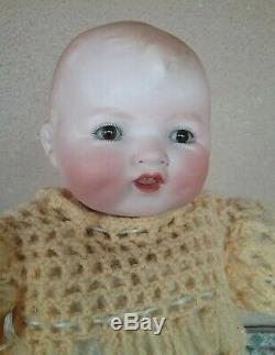 Poupée Baby Gloria Vintage En Porcelaine Armand Marseille En Biscuit, Antique De 13 Meubles