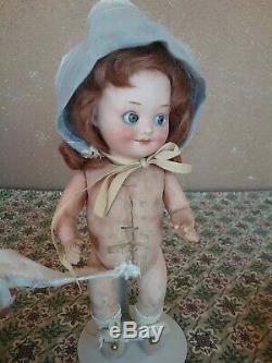 Poupée Bébé Vintage En Porcelaine Am 10 Avec Un Œil Coquin Flirty