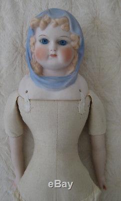 Poupée D'écharpe Parme Bleue Claire D'emma De 1944, Corps De Tissu