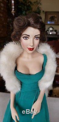 Poupée Elizabeth Taylor En Porcelaine Vintage De Collectionneurs Franklin Mint