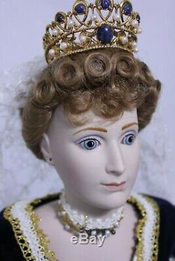 Poupée Empress Vintage 1986 Par Igor Carl Faberge En Porcelaine Alexandra Czarina