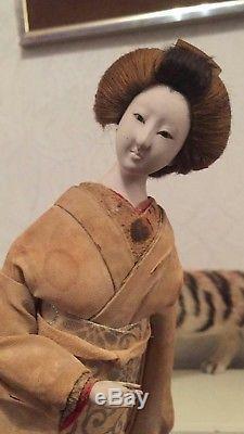 Poupée En Porcelaine Orientale Japonaise Vintage Antique En Vêtements Originaux