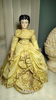 Poupée En Porcelaine Vintage Victorienne À Collectionner 200 Ans