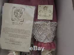 Poupée Fayzah Grace Vintage / Boîte Originale Coa À La Retraite, Signée Au Cou / Au Dos