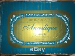 Poupée Vintage Angelique En Porcelaine De Rustie 1999