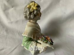 Poupée Vintage Moitié Avec Bouquet De Fleurs En Porcelaine Dressel Kister