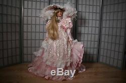 Rare 36 Rustie Shanel Designer Porcelain Doll Robe Rose Victorienne Blonde- Le