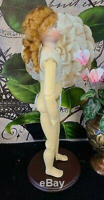 Reproduction Antique Huret Davida Dior Porcelaine Poupée