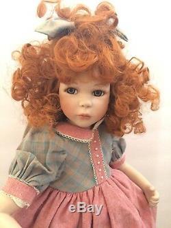 Rf Poupée Kollektion En Porcelaine Allemagne Avec Support 18 Cheveux Roux Vintage 17989/2000