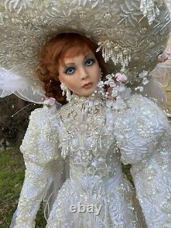 Rustie 0039 1500 Poupée En Porcelaine De Collection 42 Robe De Mariée Perlée Grandeur Nature
