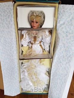 Rustie Vintage Angelica Nib / Nrfb, Le Coa # 499/2000 Poupée En Porcelaine De 33 Pouces