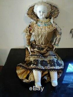 Vintage 1800 Chinahead Porcelaine Dol