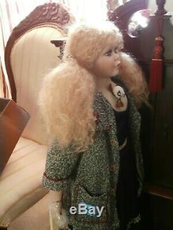 Vintage Ashley Belle Grande Poupée Avec Tenue D'hiver Nouveau Avec Boîte