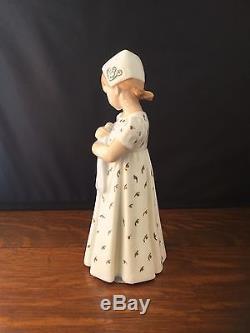 Vintage B & G Bing Grondahl Mary Fille Avec Poupée 1721 Porcelaine Danemark Figurine