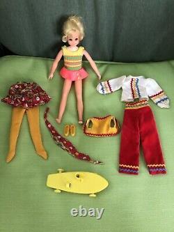 Vintage Barbie En Exclusivité Chez Sears # 1249 Set Living Fluff Soleil Cadeau Complet