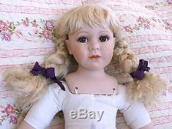 Vintage Belle Grande Vie 72cm / 28 En Porcelaine Assise En Céramique Comme Play Doll