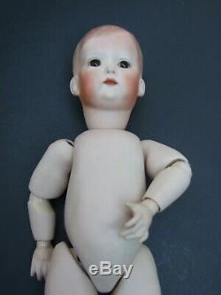 Vintage Bisque Porcelaine Poupée Peint À La Main En Verre Ayes Mains Mobiles Estampillé