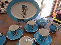 Vintage Holly Hobbie Blue Girl Set De Thé Tasses Soucoupes Sugar Bowl Et Lait Cruche +