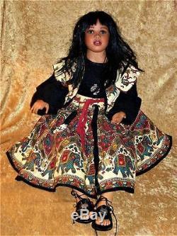 Vintage Indian Native American Porcelaine 30 Doll Signé Par Margaret Wirtz