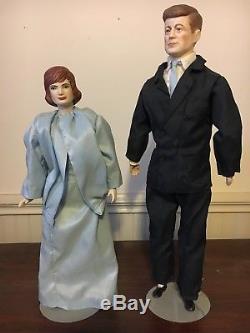 Vintage Jfk John & Jackie Kennedy Dolls Rare Unique 15 Pieds En Porcelaine Tête De La Main