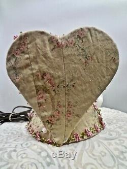 Vintage Jolie Veilleuse Avec La Moitié Porcelain Doll Avec Les Jambes Rose Imprimer Tissu