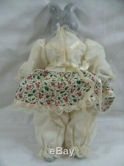 Vintage Porcelaine Tête De Lapin Style Victorien Robe Poupée Paws Toes Peint À La Main