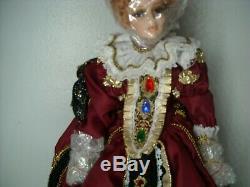 Vintage Reine Elizabeth 1 Porcelaine Poupée Destin Poupées Da669 Le 90/950 Nib